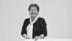 Donación millonaria de Helga de Alvear contra el coronavirus