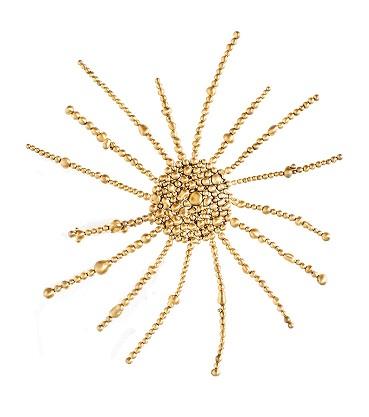 Chus Burés. Supernovae II Brooch L'Or dans L'universe Collection